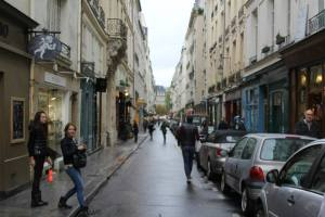 Ile Saint-Louis: The Other Island in the Seine | Adventurous Kate. This is where we said at first!!!