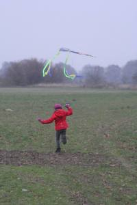 Kite flying, as well as some other outside activities on the outskirts of Berlin.